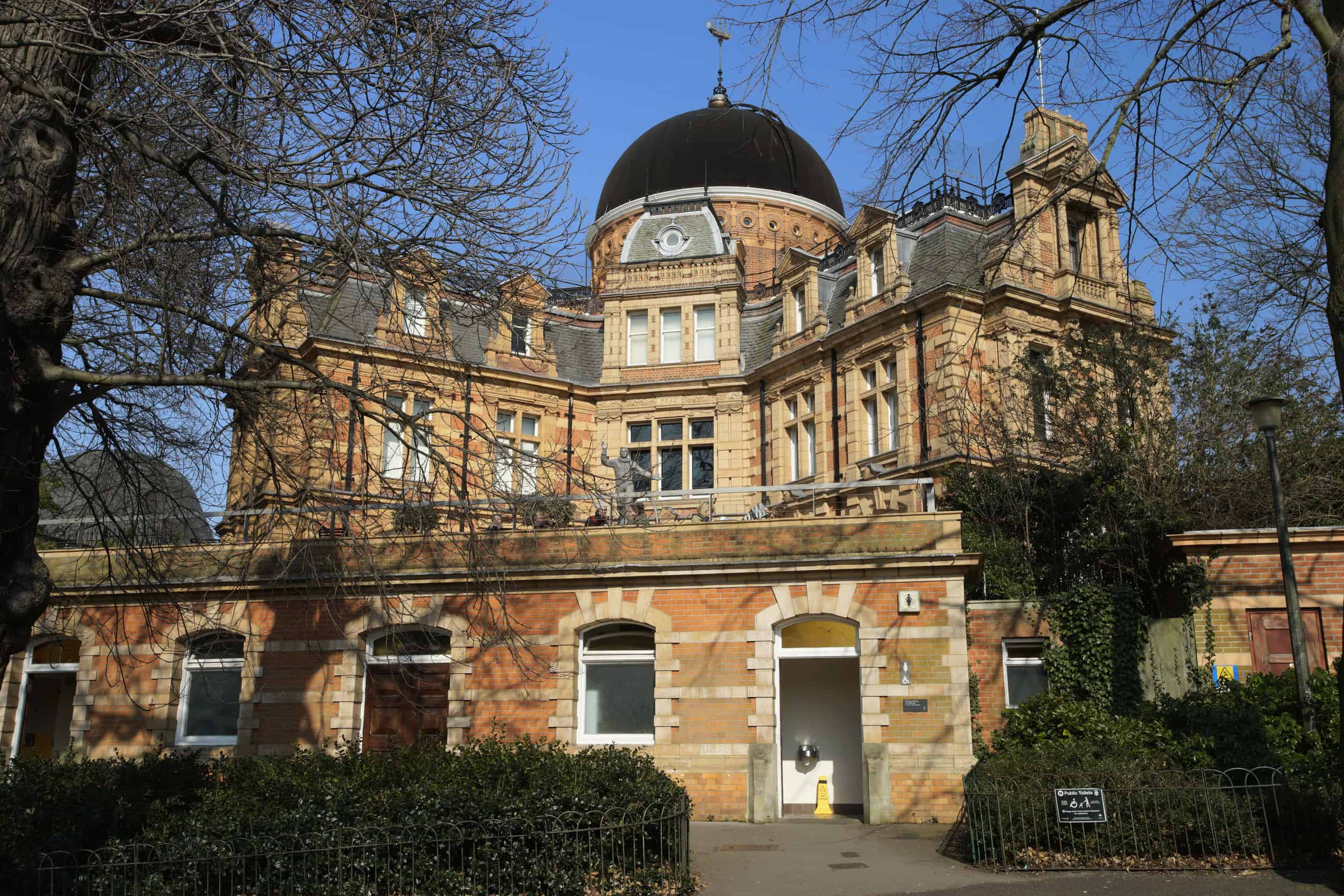 55919549 - london , uk - march 17, 2016: outside view of the royal observatory, built in 1676, on a hill in greenwich park, worked in the history of astronomy and navigation.