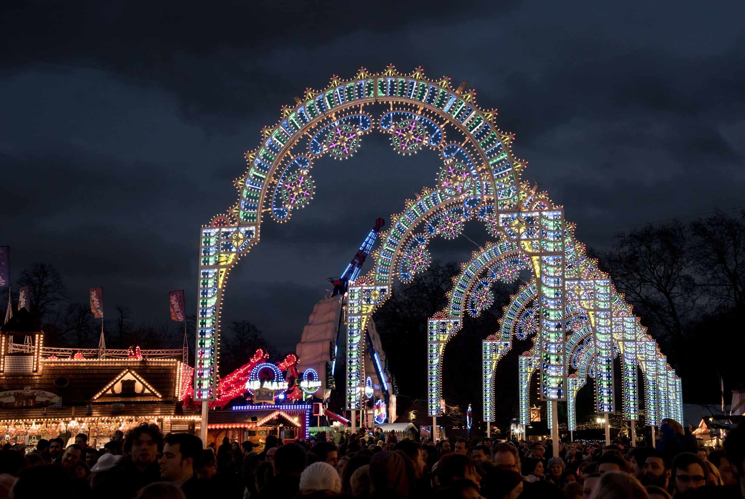 december-12-2015-people-at-winter-wonderland-amusement-park-in-hyde-park-in-london-uk-during-christmas-and-new-years-celebrations