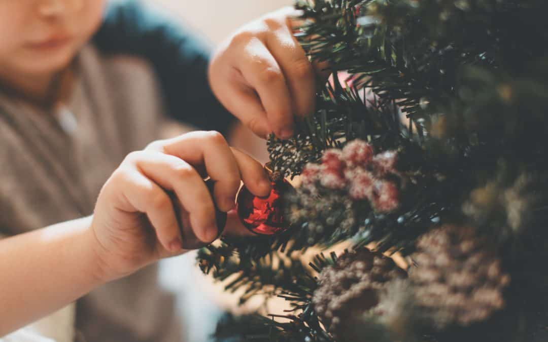 Bring Home The Holiday Spirit With These Fabulous Christmas Decoration Trends